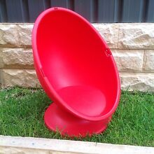 Kids egg shaped chair Redwood Park Tea Tree Gully Area Preview