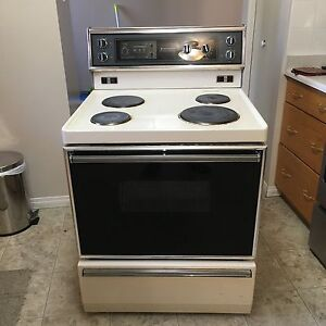 Stove for sale $100