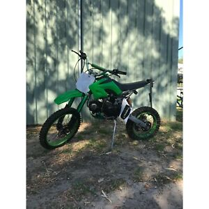 125cc PIT BIKE DOES NOT RUN FIXER UPPER OR SPARE PARTS ....,,SOLD