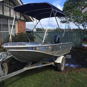 Stacer 370 proline with Yamaha 15 hp 2 stroke motor . NO TRAILER Dubbo Dubbo Area Preview