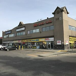 SMALL RETAIL SPACE AVAIL IN BUSY S.E. STRIP MALL