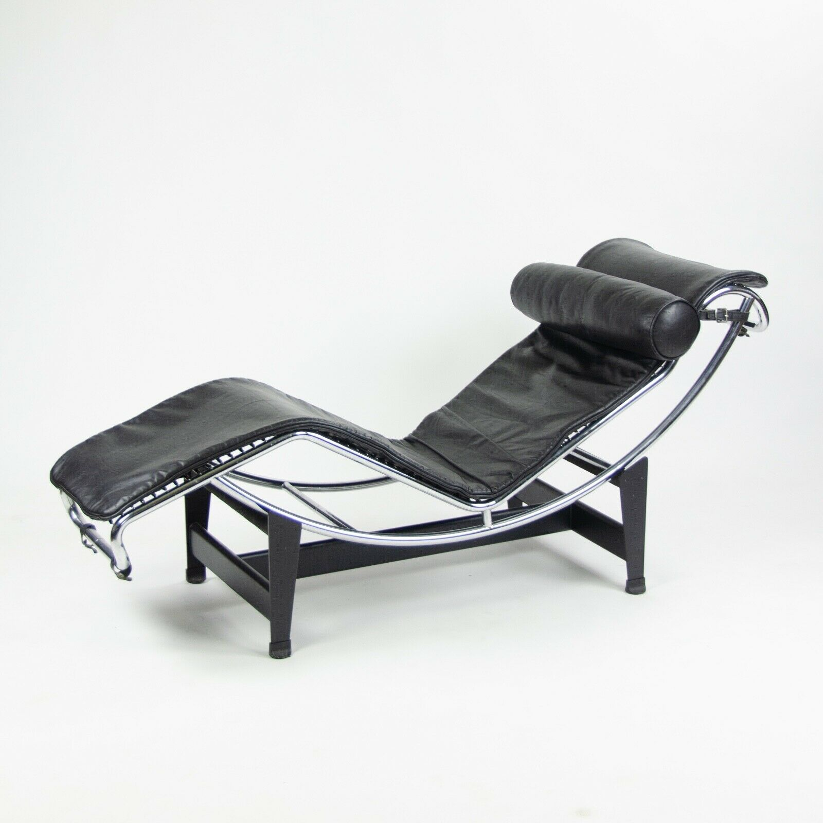 Details About Vintage Original Le Corbusier Cassina LC4 Chaise Lounge Chair  Black Leather