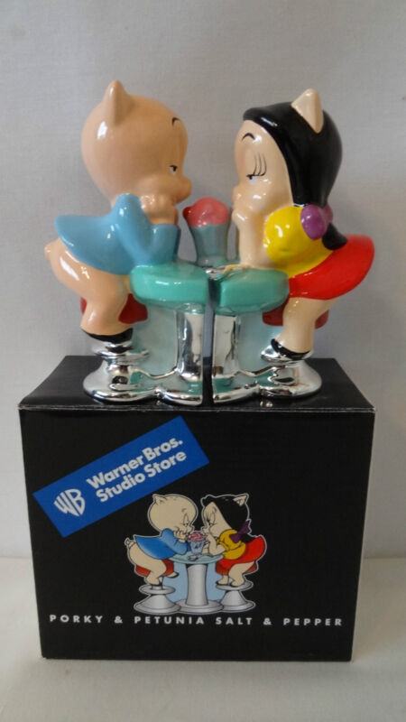 WARNER BROTHERS 2000 PORKY PIG AND PETUNIA SALT AND PEPPER SHAKERS MIB #E641