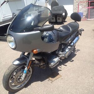 BMW R1100R with 33 000 Miles