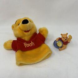 Disney - Winnie The Pooh Figurine Desk Clock & Hand Puppet