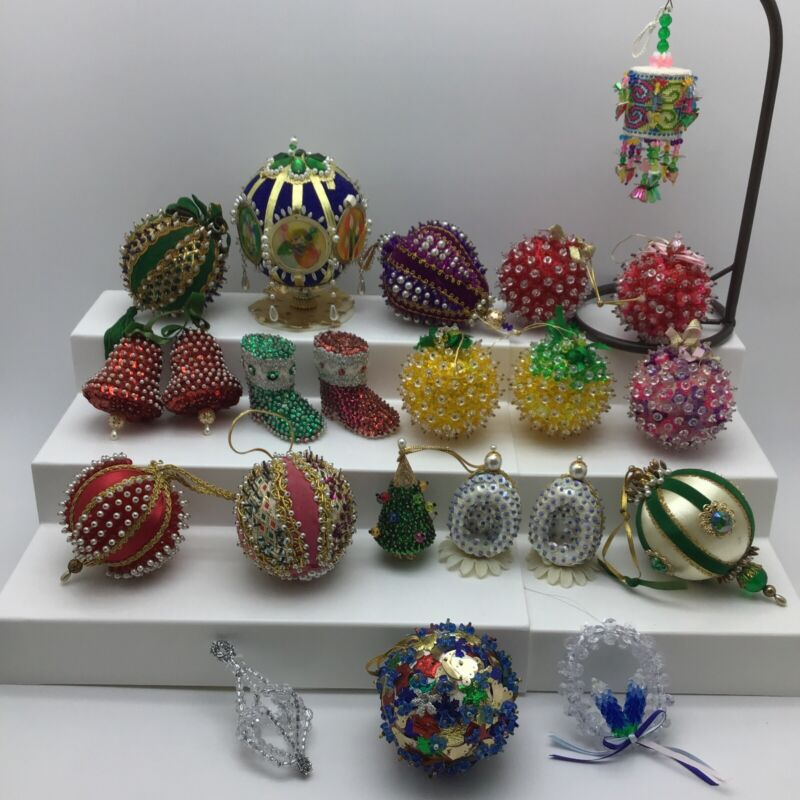 Lot Of 22 Vintage Hand Made Sequin Beaded Christmas Ornaments Bell Boots Tree