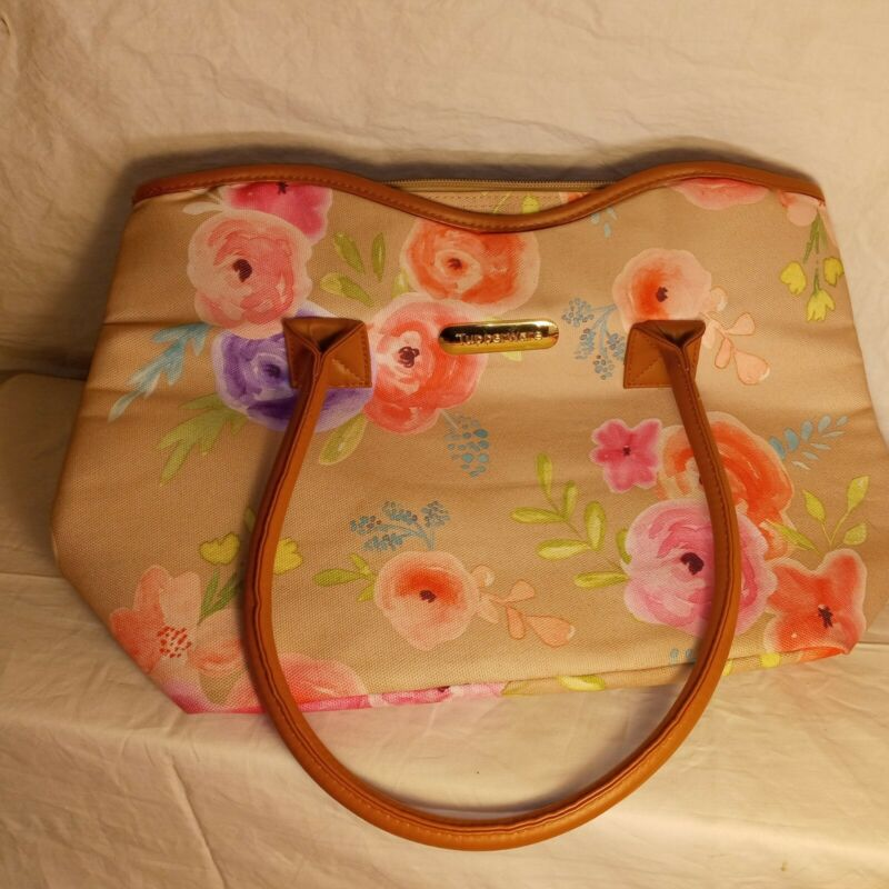 Tupperware insulated lunch bag
