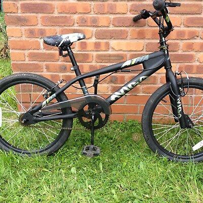 BMX bike Matt Black 360 gyro brakes, excellent condition, serviced age 7 to 10