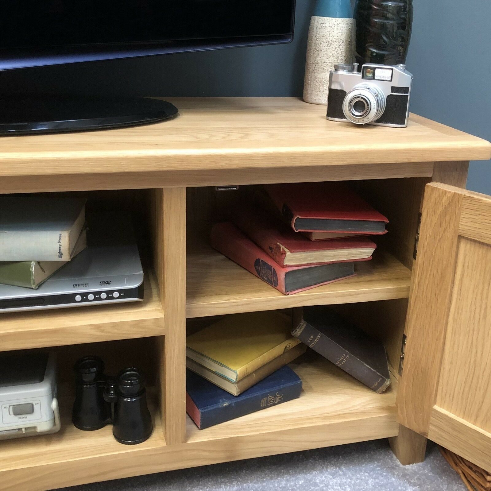 Oak Large TV Unit Modern Solid Wood TV Stand / Television