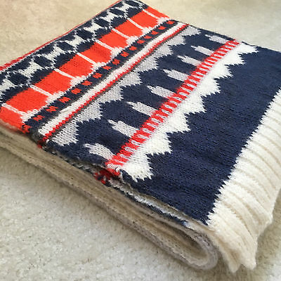 NEW Gap Fair Isle Oversized & Cozy White-Gray Reversible Sweater Scarf