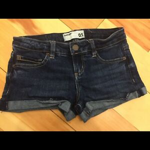 Garage Low Rise Flirty Shorts size 01