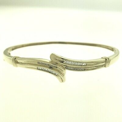 ESTATE 10K GOLD .30 CTW NATURAL CHANNEL SET DIAMOND BANGLE BRACELET 6.5