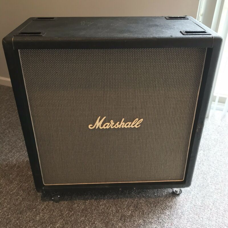 Marshall 1971 4x12 with 25 Watt Greenback Celestion Speakers, Basketweave