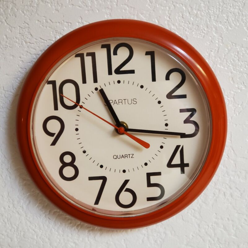 Vintage Spartus Red Wall Clock Plastic Battery Operated