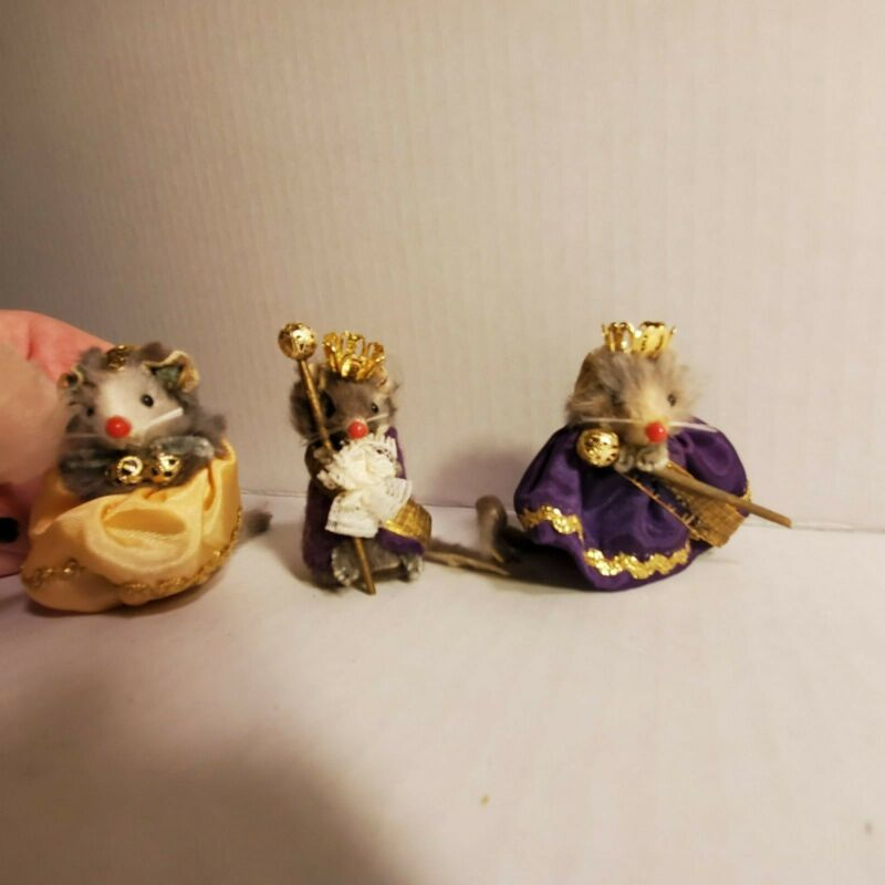 The Little Mouse Factory-USA- King, Queen & Royal Baby Mice Collectible