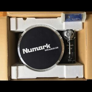 Numark TT200 Professional Turntable