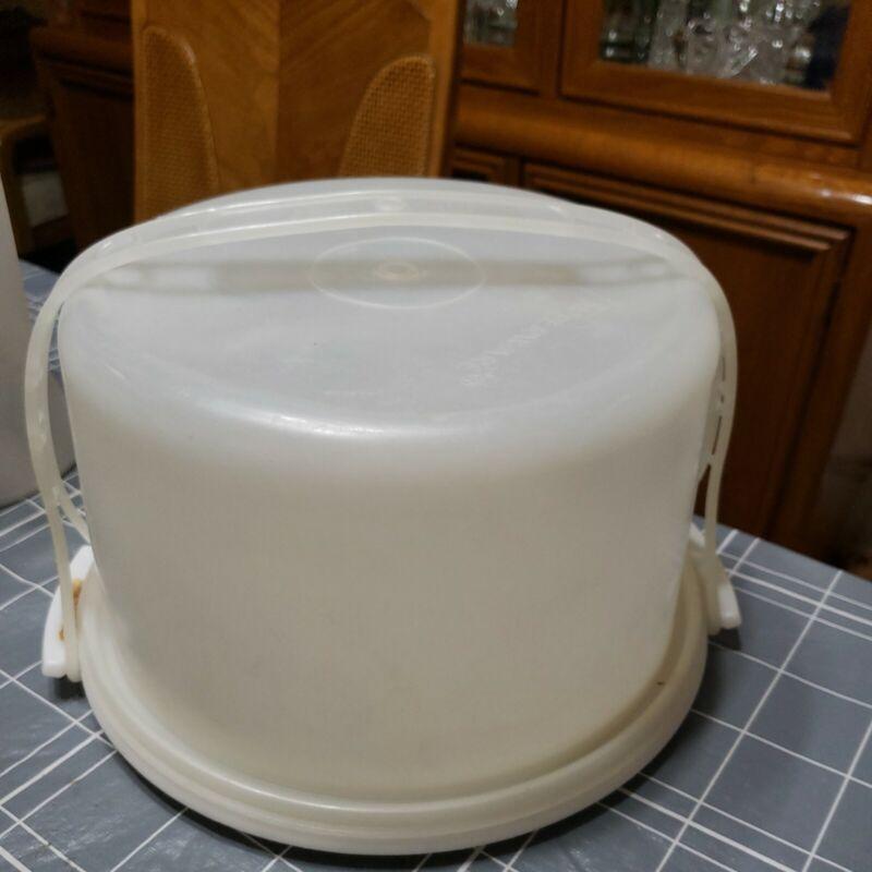 Vintage Tupperware Round Cake Holder Carrier Ivory  #684-5