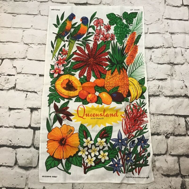 Vintage Queensland Australia Linen Blend Wall Hanging Tea Towel Travel Souvenir