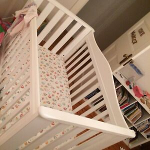 Boori country collection cot