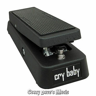 NEW! Dunlop Cry Baby Wah Guitar Effects Pedal GCB95 Crybaby- 2 FREE PATCH CABLES