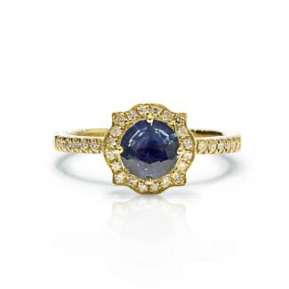 Certificated Sapphire diamond 18k Yellow gold ring.