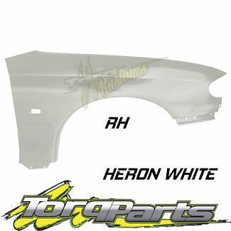 RH HERON WHITE GUARD SUIT VT VX HOLDEN COMMODORE FENDER QUARTER