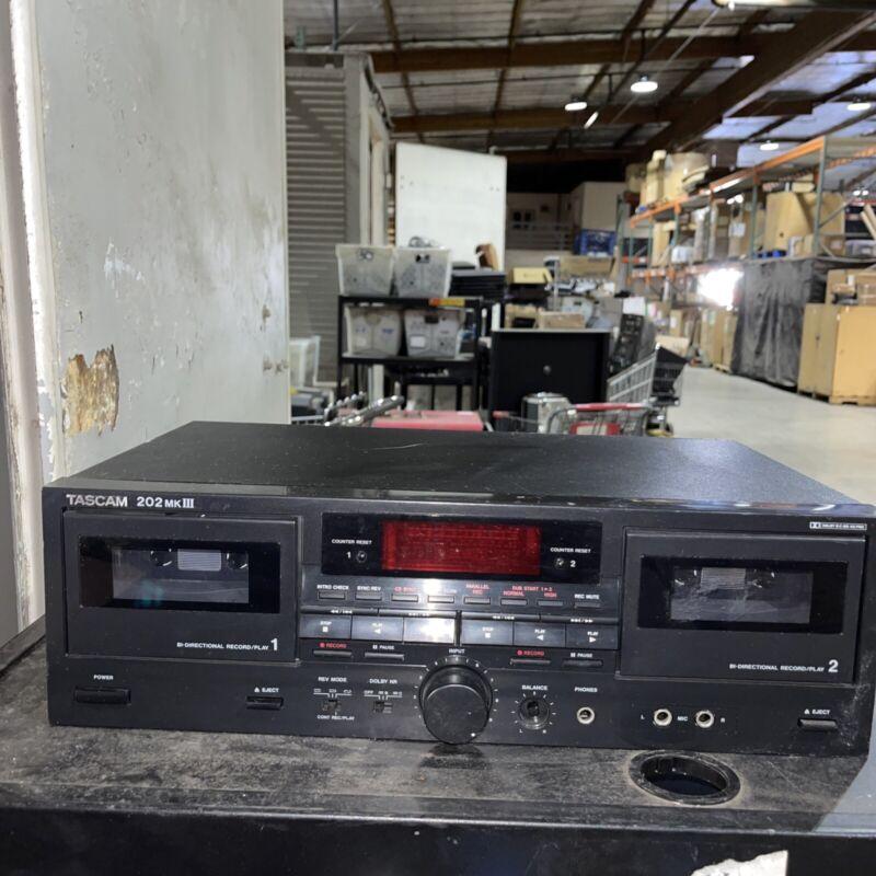TASCAM 202 MK III Dual Cassette Deck player Recorder