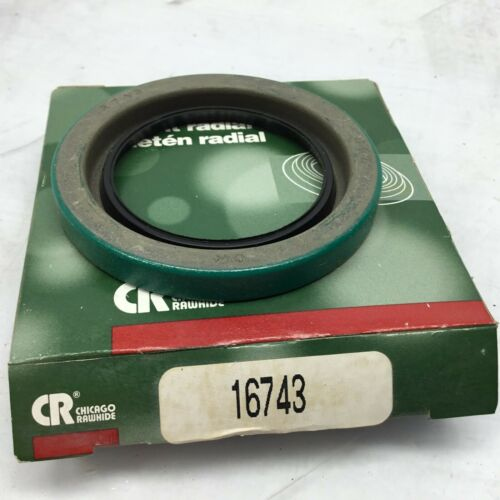 CR Chicago Rawhide 16743 Oil Seal Kit SKF