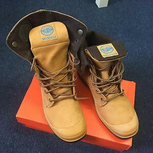 Man Palladium Baggy Waterproof Boot Upper Mount Gravatt Brisbane South East Preview