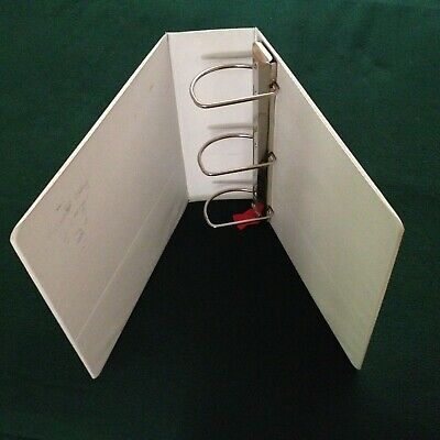 4 Binder With 3 - D Rings By Cardinal