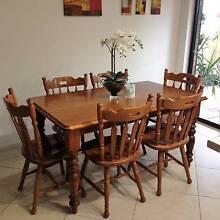 Solid wooden dining table Morphett Vale Morphett Vale Area Preview