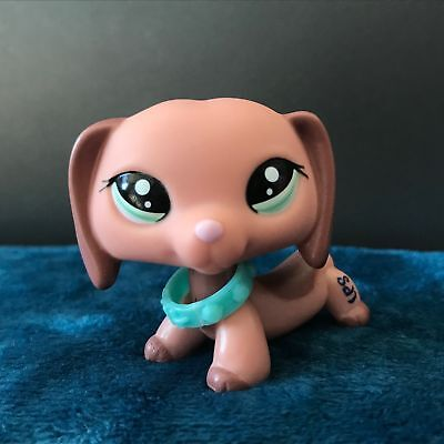 Littlest Pet Shop LPS Dachshund Dog Puppy Animal #2046 With Collar Authentic Toy