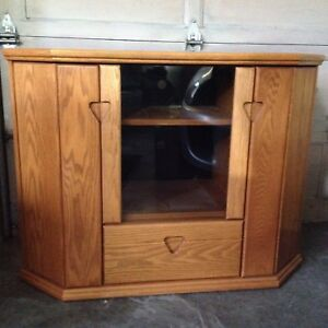 Oak TV / Stereo Cabinet