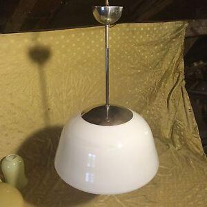 Alte Küchenlampe Art Deco Pendellampe Bauhaus Deckenlampe Lampe weiß Kugellampe