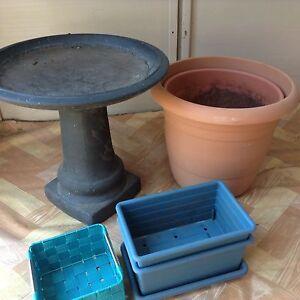 Bird bath & pots Broke Singleton Area Preview