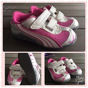 ~Puma Sneakers, size 6 - $25~