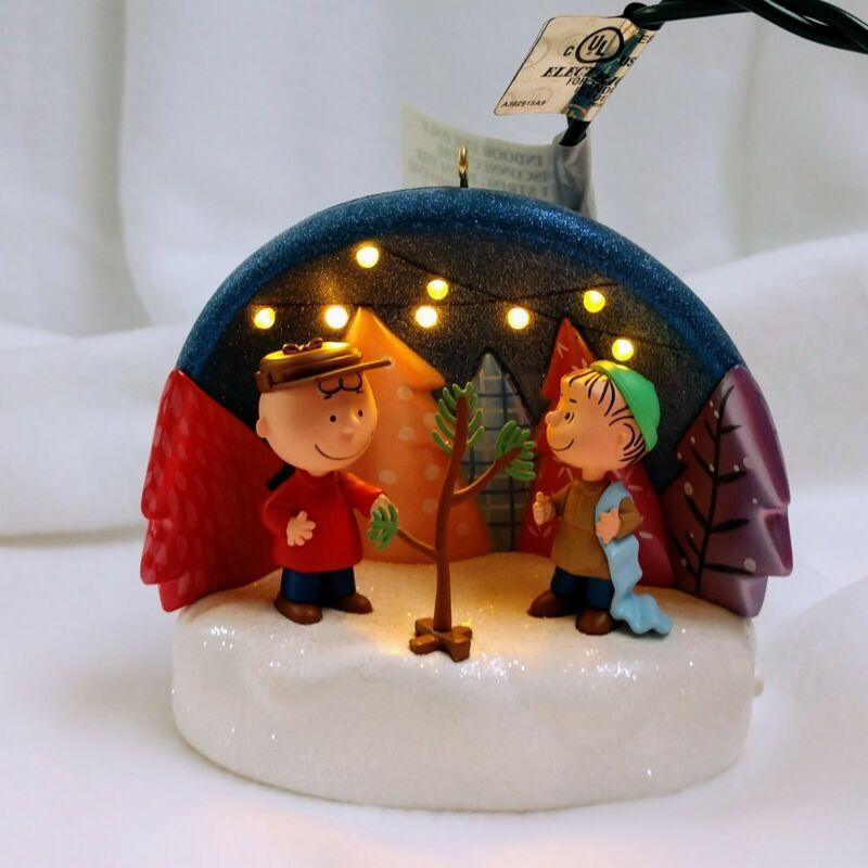 Hallmark Keepsake Ornament Just The Right Tree Peanuts Gang Light Sound Holiday