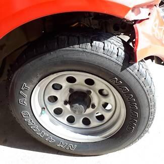 Suzuki Jimmy 4x4 NANKANG 4X4AW A/T SET OF WHEELS AND TYRES
