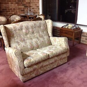 Vintage lounge suite Edgewater Joondalup Area Preview