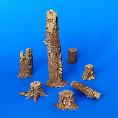 PLUS MODEL #194 Stumps / Baumstümpfe für Diorama in 1:35