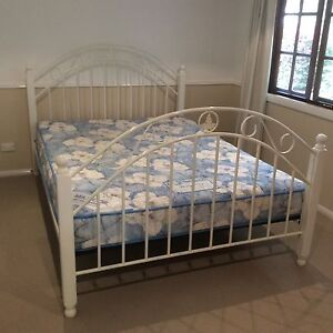 Steel frame Queen size bed and mattress V/Good condition. Thorneside Redland Area Preview