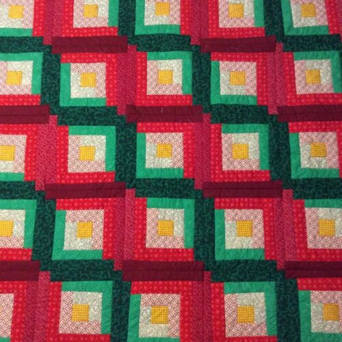 Handmade Log Cabin Christmas lap quilt