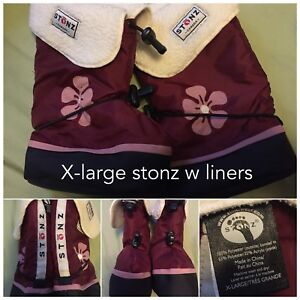 Girl stonz boots with liners. Size x-large