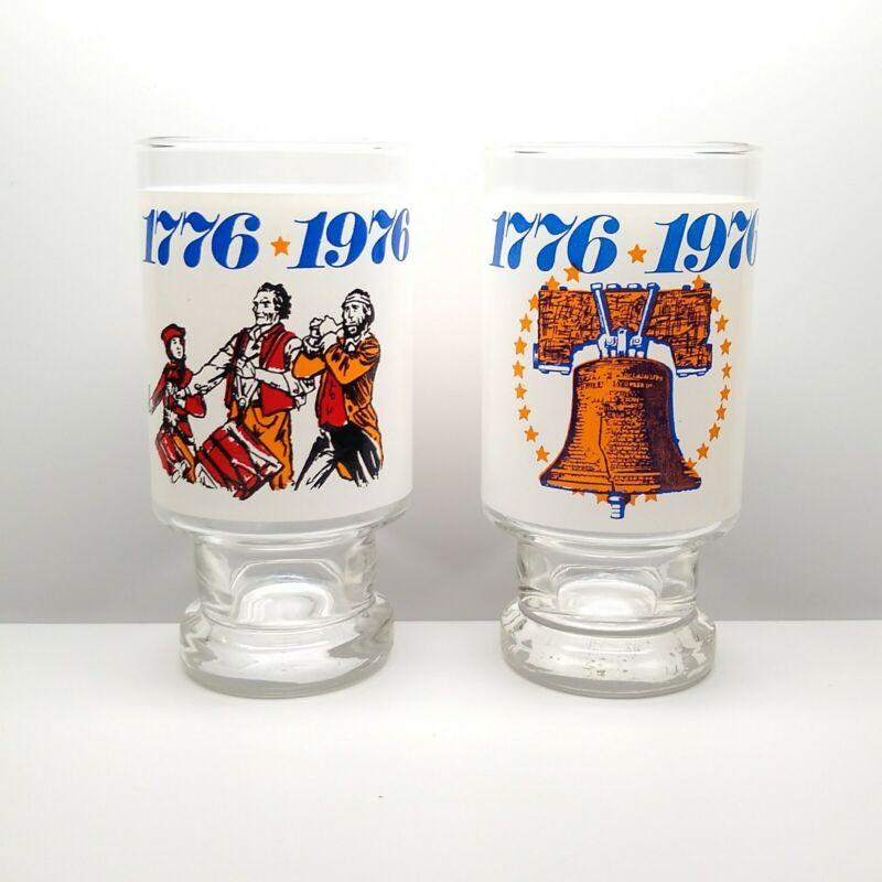 2 Burger King 1776 1976 Collector Series Bicentennial Glasses 12oz Stars Stripes