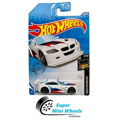 Hot Wheels BMW Z4 M Motorsport (White) Nightburnerz 7/10 2020 J Case #172