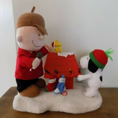 GEMMY Peanuts Christmas Charlie Brown Snoopy Woodstock Music Lights Up
