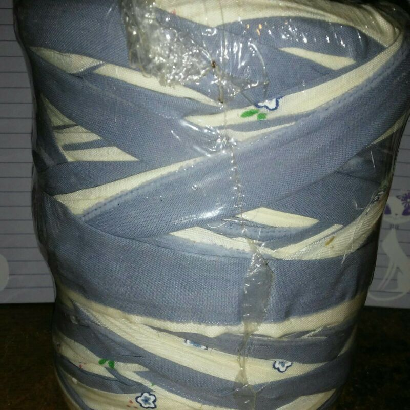 """Rug Weight Rag Yarn 30oz Straight Cut 2""""-3"""" Wide Fabric Strips Blue"""