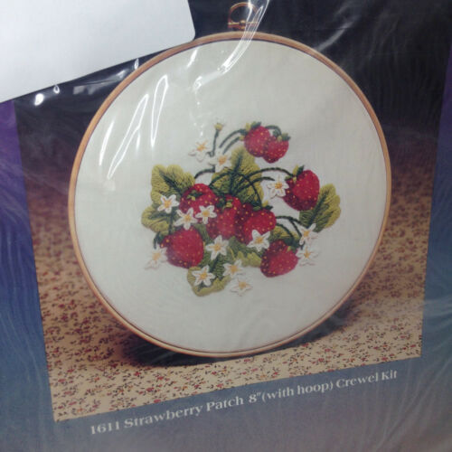 "Sealed Vintage Creative Expressions Strawberry Patch Crewel Embroidery 8"" Kit"