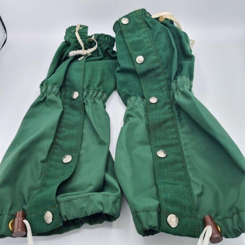 Vintage REI Green Gaiters