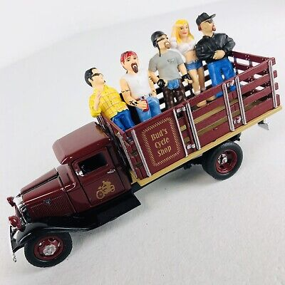 Buds Cycle Shop 1:43 Scale Replica 1934 Ford BB-157 Truck Diecast O- Guage
